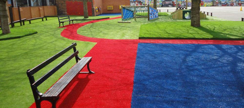 Césped artificial color rojo para jardines exteriores e interiores